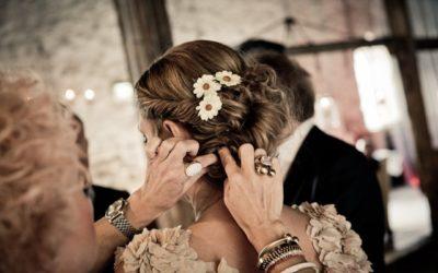 Najlepsze fryzury ślubne, które są odpowiednie dla panny młodej