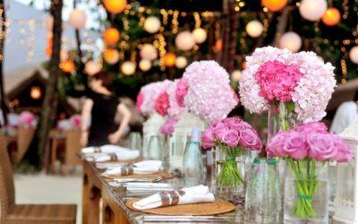Tanie kwiaty ślubne: Sposoby oszczędzania na kwiatach ślubnych