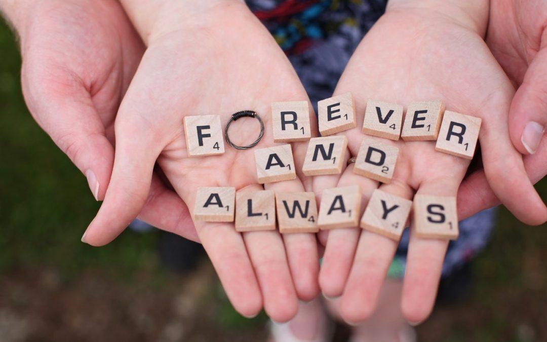 Najlepsze sentencje i cytaty o małżeństwie i miłości – ślubne aforyzmy dla par
