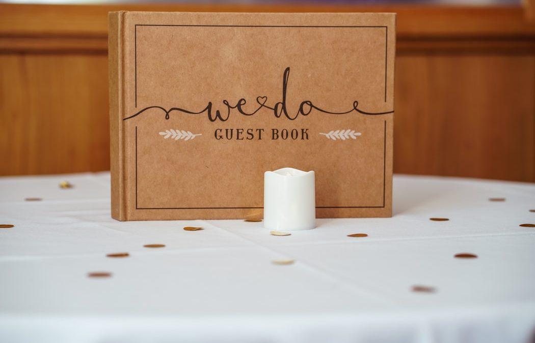 20 kreatywnych pomysłów na księgę gości weselnych