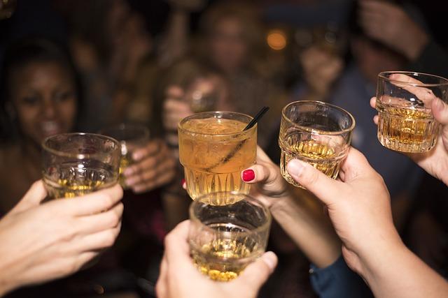 zdjecie-pomysly-na-wieczor-panienski-drinki