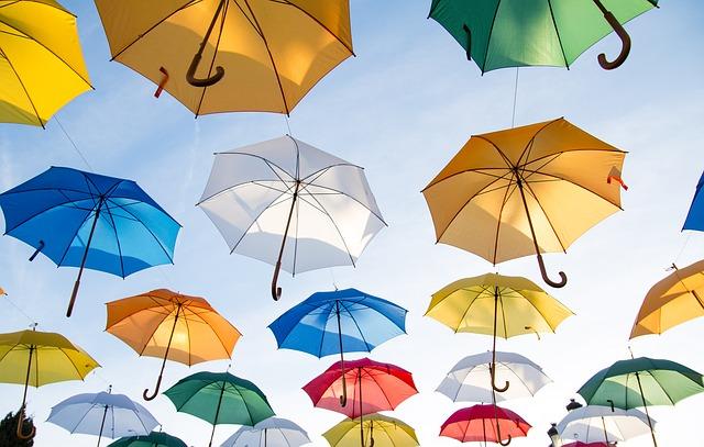 zdjecie-prezenty-dla-gosci-weselnych-parasole