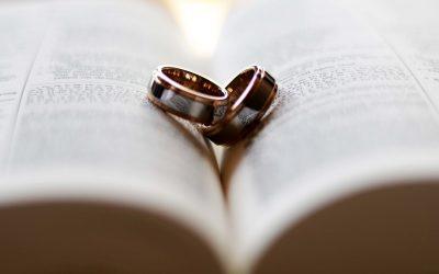 Radzimy, jaki prezent na rocznicę ślubu warto wybrać
